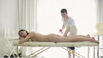 gratis bøsse sex daw thai massage